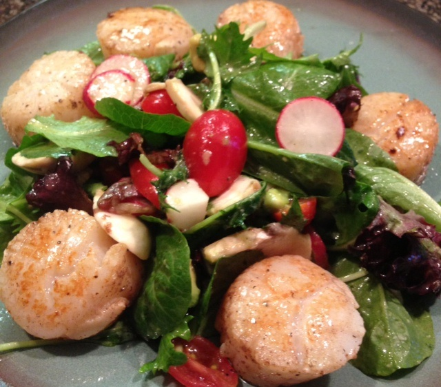 Pan Seared Scallops on Mixed Greens